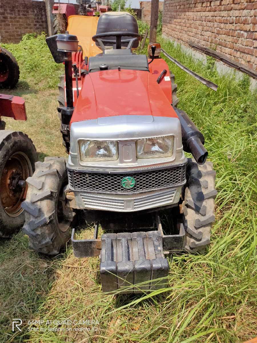 VST 270 4WD